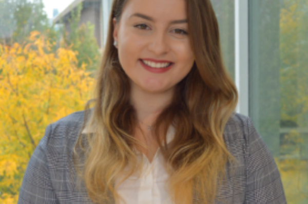 Ehlimana Gutošić (2018 President of the Collegiate Association of Business Scholars and Honors College student)